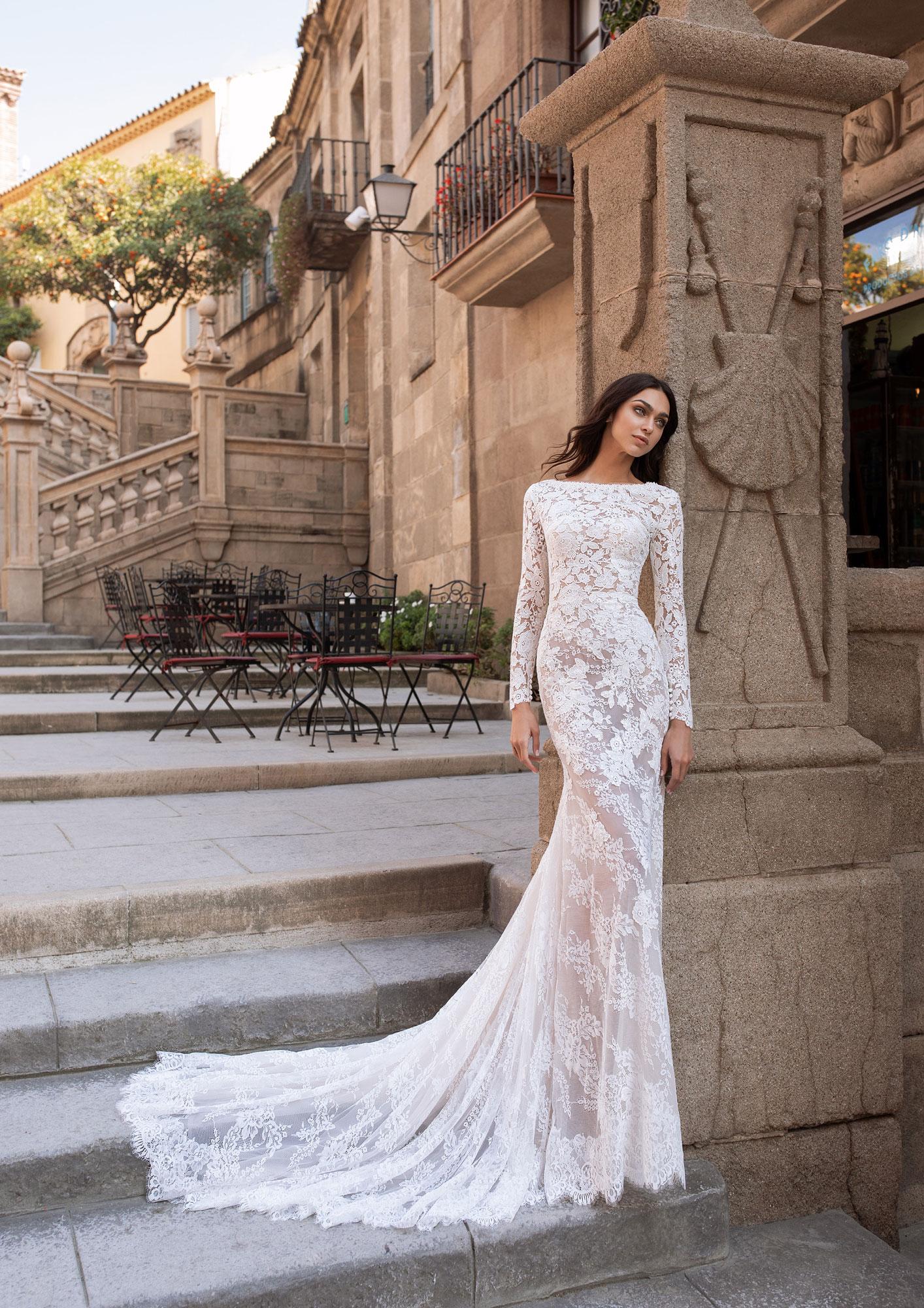 Abiti Da Sposa Parma.Abito Da Sposa Telesto Pronovias 2020 Stefania Spose Parma